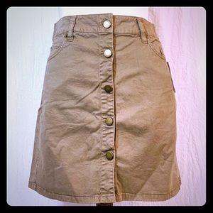 GAP Khaki Tan Short Button Skirt NWT